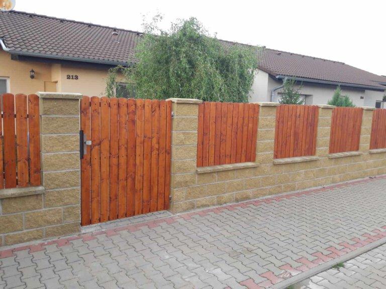 ploty 24 | Vrata Kolář