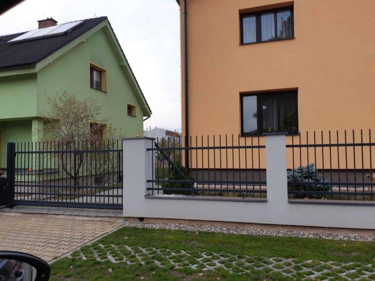 ploty 35 | Vrata Kolář